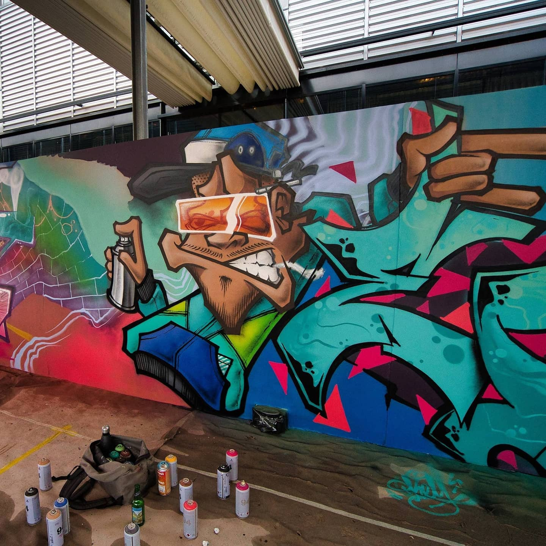 Cartoons – Graffiti Servicing The Medical Cannabis Sector